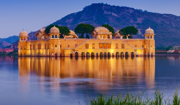 Jal Mahal - best places for jaipur sightseeing