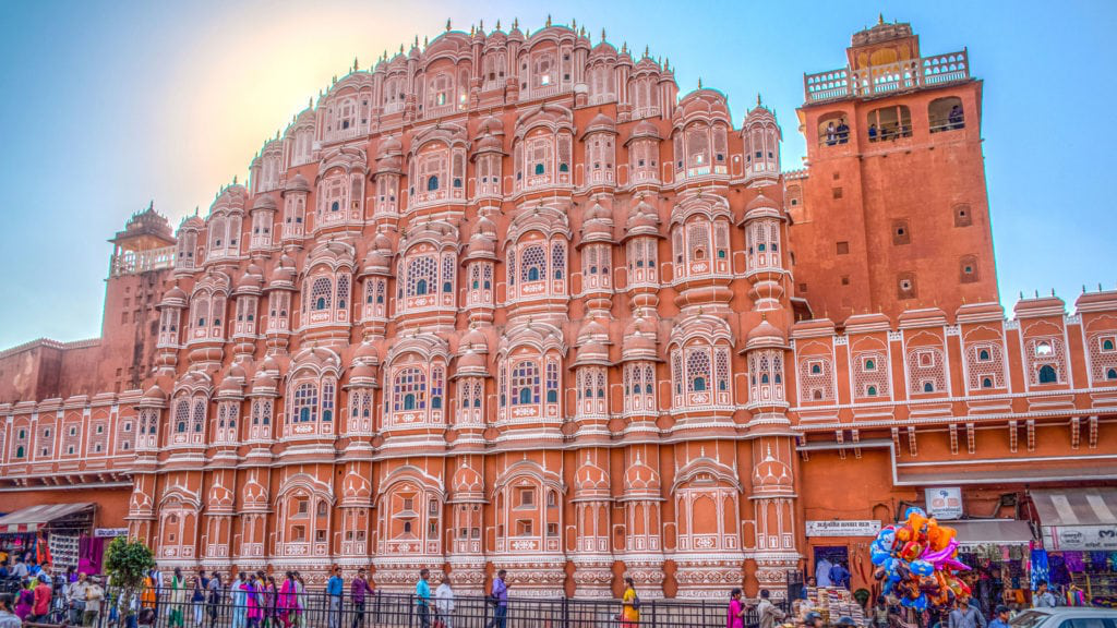 hawa mahal - best places for jaipur sightseeing